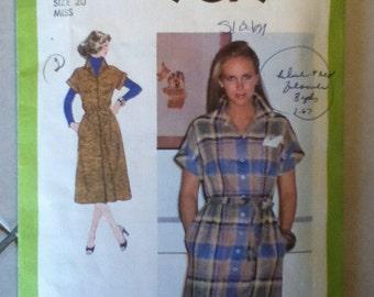 "Simplicity Vintage Dress Pattern 9079 Size: 20, Bust 42"",  Waist 34"", Hip 44"""