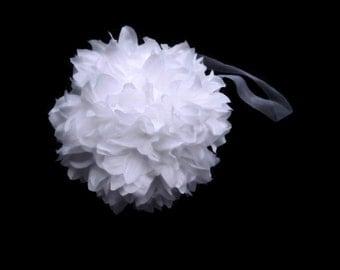 Pomander Ball White / Kissing Ball