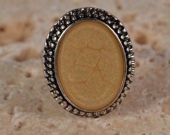 Antique Silver Oval Decorative Old Gold Ring