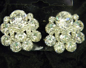 Beautiful Stunning Elegant Eisenberg Earrings #5807