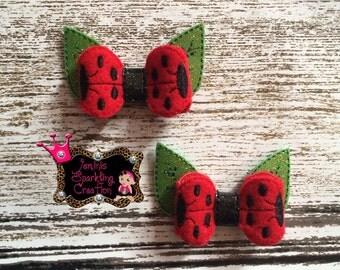 Lady Bug Bow Set