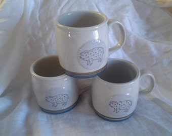 On Sale Barn Yard Decor Set of 3 Stoneware Coffee Mugs Collectible Kitchen