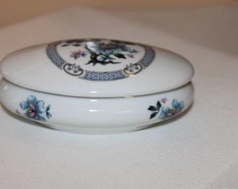 Vintage, Antique Tharaud Limoges Bonbonniere, Limoges Porcelain Trinket Box, French Porcelain Trinket Box, Bridal Gift