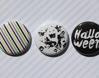 "3 badges 1 ""Halloween"