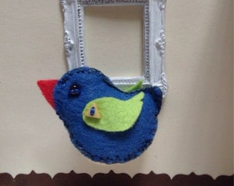 Little felt birdie with lavender