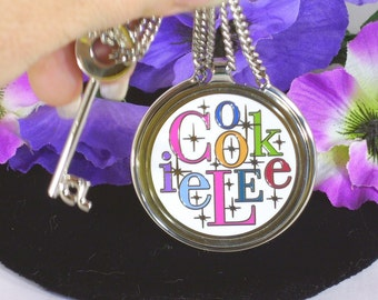 Cookie Lee Jewelry for your Keys Vintage Signed Retro Magic Key Chain Keychain Reversible Enamel Logo Design Purse Charm