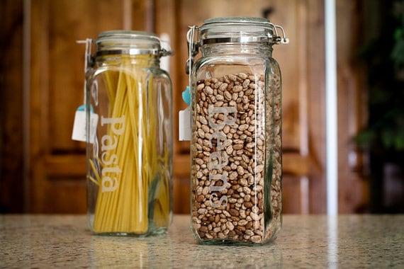 Cuisine en pots de rangement pour la farine sucre sucre for Que faire avec des bocaux en verre