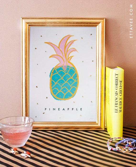 Pineapple / Ananas illustrated digital print poster with gold leaf flakes