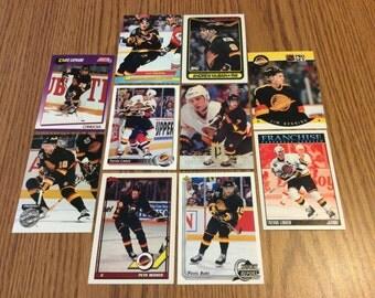 25 Vancouver Canucks Hockey Cards