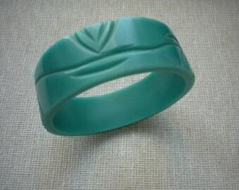 Vintage Carved Turquoise Lucite Bangle Bracelet