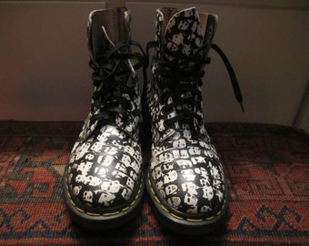 Doc Martens Uk 3 / US M 4/W/5.5-6.0 Made In England