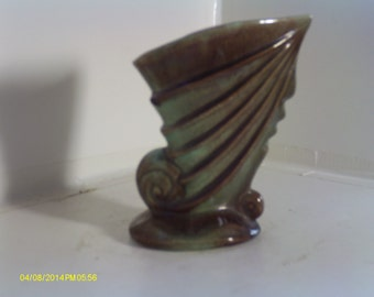 Vintage Gonder 381 Shell Planter or Vase