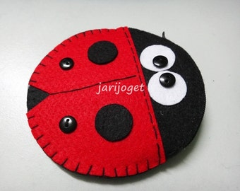 Ladybug Coin Purse for Kids - with zipper - Free Shipping!