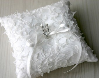 wedding lace ring pillow