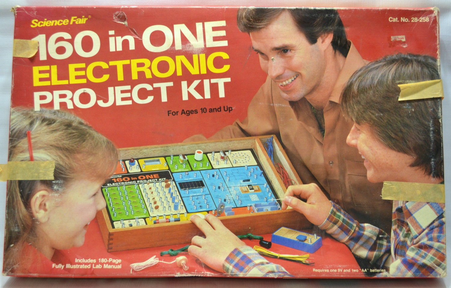 Electronic Project Board : Vintage science fair electronic project kit board in