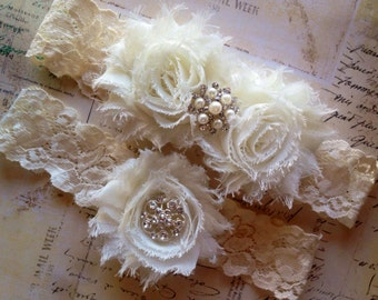 Wedding Garter, Ivory Wedding Garter, Ivory Bridal Garter, Lace Wedding Garter, Lace Garter Set, Ivory Bridal Garter, Toss Garter, Garters