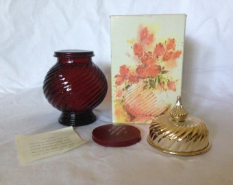 Avon Scent of Roses Decanter Cologne Gelee