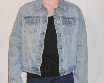 Women's Jean Jacket Size: Large