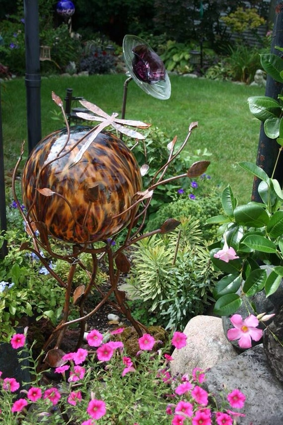 Iron Twig Gazing Ball Or Plant Stand 40 Tall