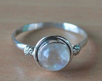 Moonstone Birthstone Ring in Sterling Silver Ring,Sterling Silver, Round Shaped Moonstone Solid Silver Rings Women Ring Size 5 6 7 8 9 10