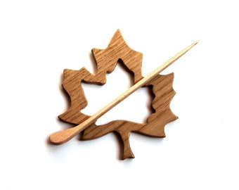 Maple-leaf -- Wood Shawl Pin Set