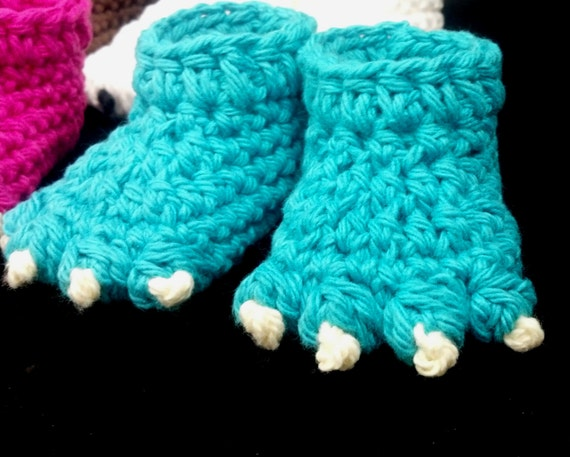Crochet Pattern - Quick and Easy Cute Monster or Animal Foot Baby Booties fro...