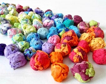 Eco Friendly Seed Bombs -Plantable Paper With Wildflower Seed Balls - Rainbow Mix of Colors