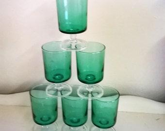 Stunning set of green Luminarc glasses