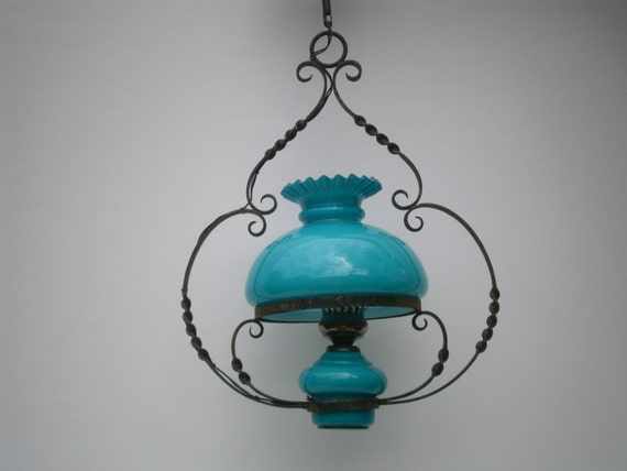 ancienne suspension luminaire opaline bleu turquoise home. Black Bedroom Furniture Sets. Home Design Ideas