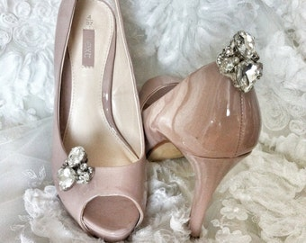 Handcrafted bridal shoe clips