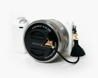 Camera Lens Cap Holder - Peace Triangle (Black)