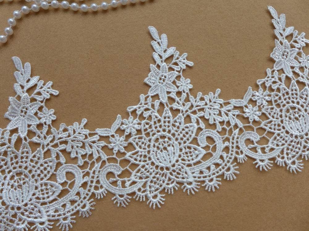 Beautiful Bridal Ivory Lace Trim Venice Floral Lace Trim