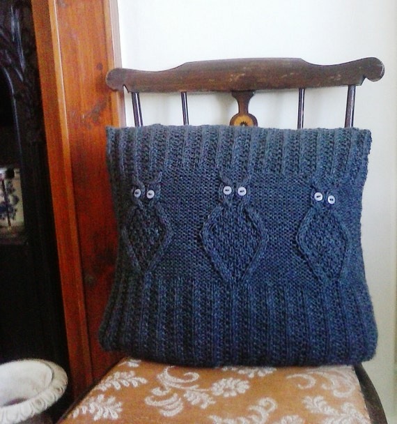 Owl Cushion Knitting Pattern : Knitting Pattern, Owl Cushion. Instant download pdf. from Wightstitches on Et...