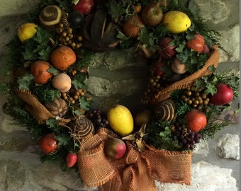 Large christmas wreath with fruits