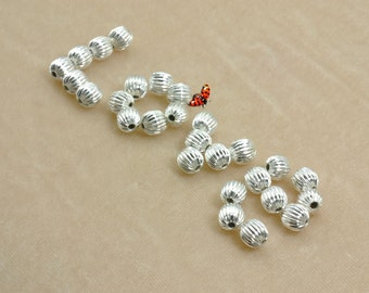 Silver plated Ribbed round beads 8mm,50 pcs