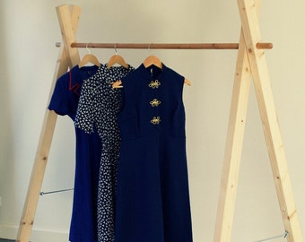 Handmade Wooden Clothing Rack//handmade wooden clothes rack of Whitewood, demountable
