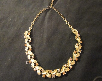 Vintage Lisner crystal necklace