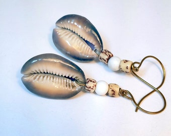 Cowrie Shell, White Howlite and Betel Nut Earrings