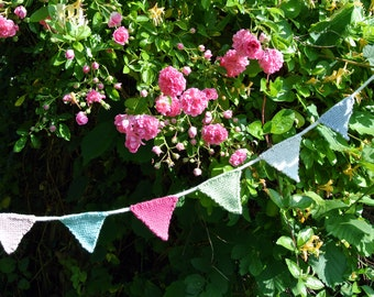 Jolly Knitted Bunting Decoration Garland