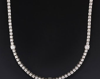 4.00ctw Round Diamond Tennis Necklace in 18kt White Gold Prong Set