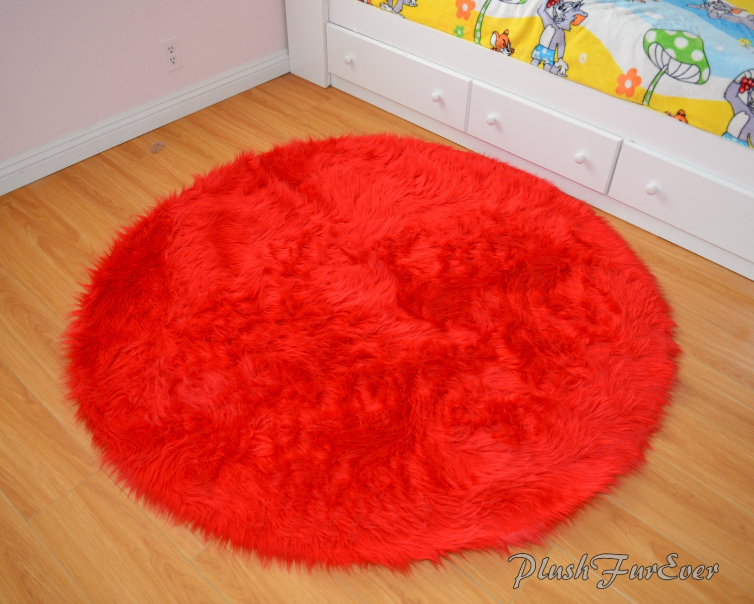 Bright Red Faux Fur Throw Area Rug Round Rug Boy Girl Kids