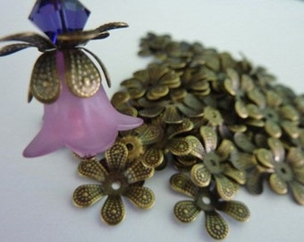 50 Antique Bronze Flower Petal Bead Caps 16mm