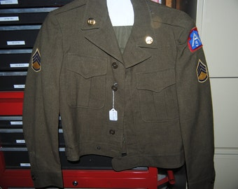 """Vintage 5th Army WWII """"IKE"""" style jacket"""