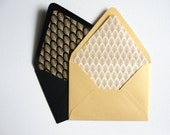 Set of 10 / A7 Deco Pattern Lined Envelopes / Black and Gold or Silver / Deco Leaf or Scallop Patterned / A7 5x7 / Wedding Invitation