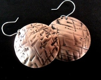 Copper jewelry, crosshatch hammered rustic copper earrings