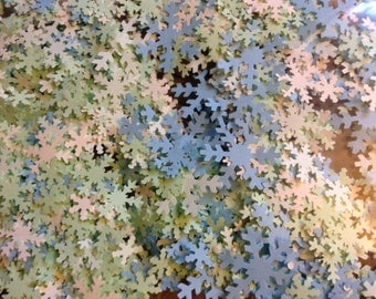 1000 Winter Wedding Confetti Wonderland Paper Snowflakes Table Decor Diecuts