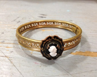 Vintage Black and Goldtone Cameo Bracelet Cuff