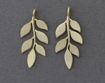 Leaves Brass Pendant . Jewelry Craft Supply . 16K Matte Gold Plated over Brass  / 2 Pcs - GC006-MG