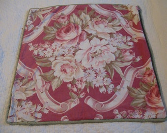 Very Pretty 30's 40's Vintage Floral Fabric Pillow Cover! Sale!