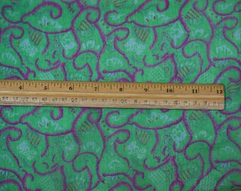 "Green/Fuchsia Printed Crinkled Chiffon 100% Silk Fabric, 44"" Wide, By the Yard (TS-7454)"